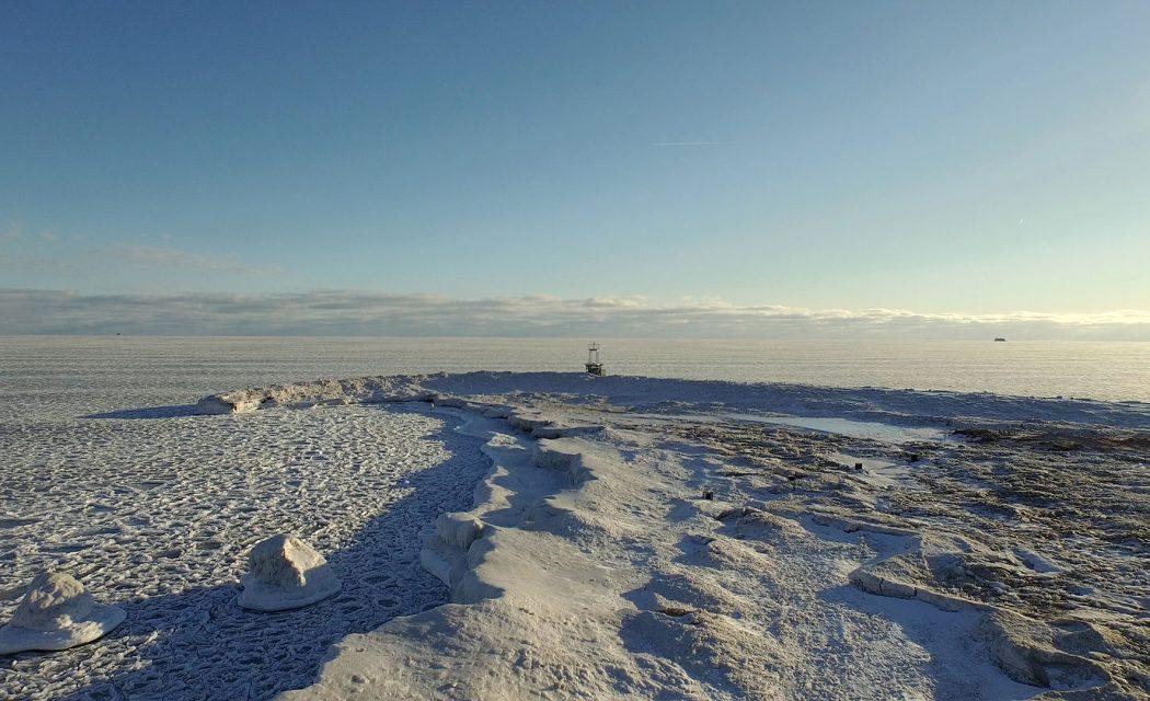 Chicago's Frozen Beaches